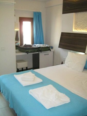 Hotel Sonne: Small room