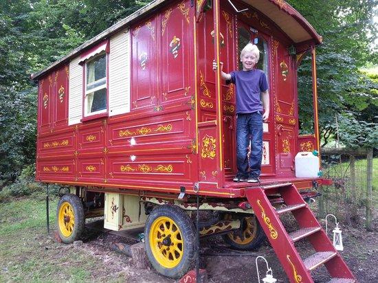 Walcot Hall: A gypsy caravan.