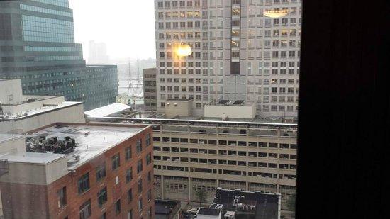 Residence Inn by Marriott Baltimore Downtown/Inner Harbor: View from top floor/ harbor side