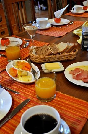 GUBAS DE HOEK meet eat sleep: Breakfast