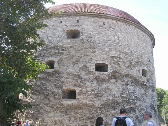 Fat Margaret (Paks Margareeta): Fat Margaret' tower