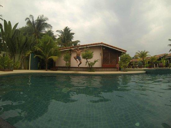 Sangswan Resort: Piscine...