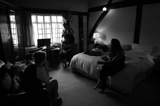 The Red Lion Inn: The Perfect Base for Bridal Preparations