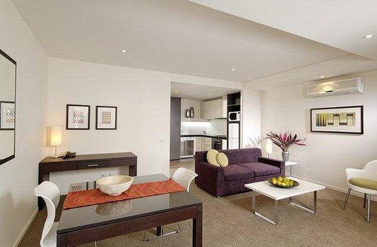 Punthill Essendon Grand Apartments: 1 Bedroom Essendon