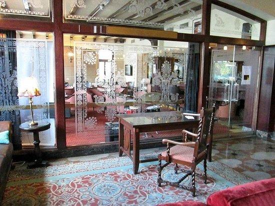 Hotel Clarendon : Lobby