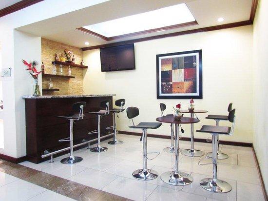 Hotel Biltmore Guatemala: Bar