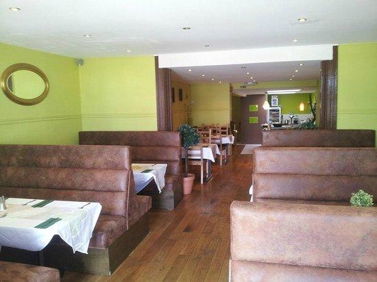 Lemon & Green Pepper Restaurant: Restaurant view !