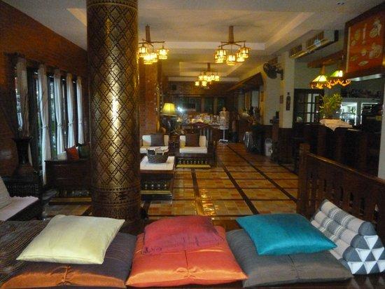 Sri Pat Guest House: Belle décoration