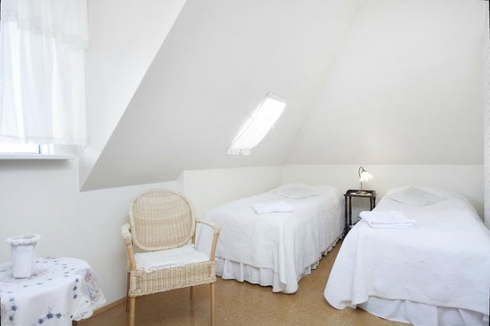 Helguhus Bed and Breakfast: Double room