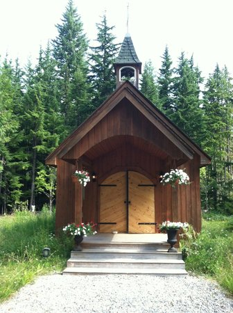 Mulvehill Creek Wilderness Inn and Wedding Chapel: chapel