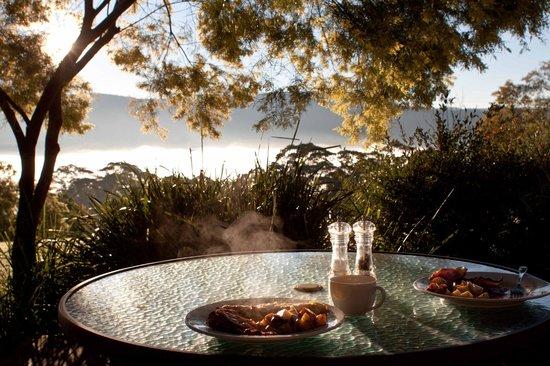 The Heavens Mountain Escape: Sunrise Breakfast