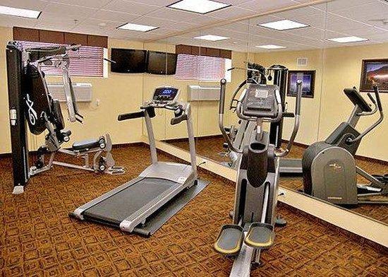 Comfort Inn & Suites Ozone Park: NYH