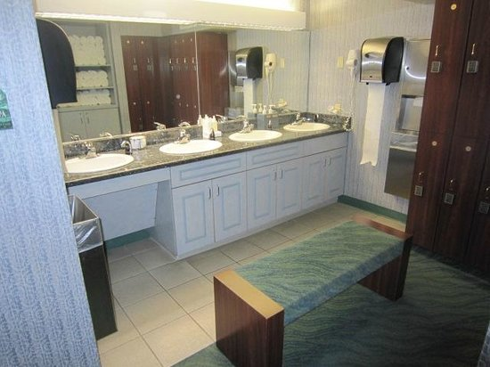 Silver Legacy Resort and Casino: change room
