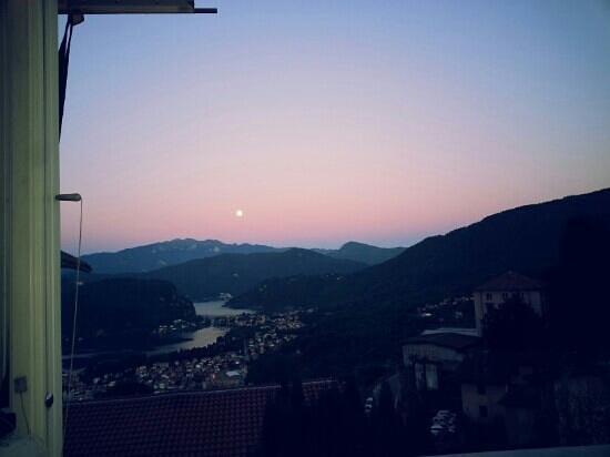 Albergo Ristorante Stampa: tramonto fantastico!!