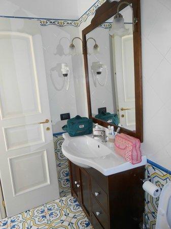 Sorrento Inn Guesthouse : Bagno