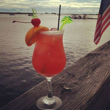 Roy's Restaurant: Drink with a view