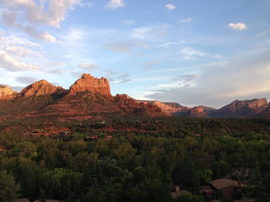 L'Auberge de Sedona: Snoopy rock from hotel room