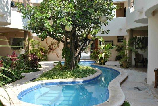 Hotel Posada 06 Tulum: swimming pool