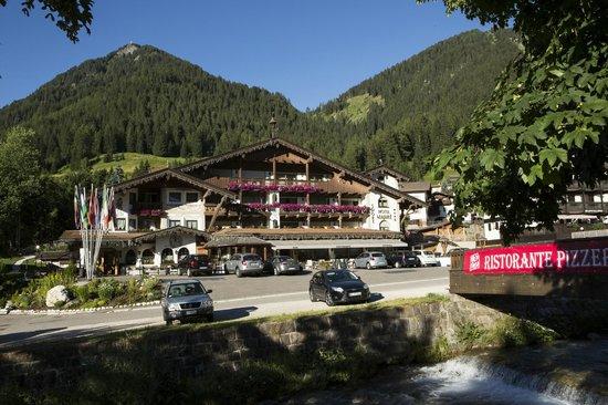 Sport Hotel Majare