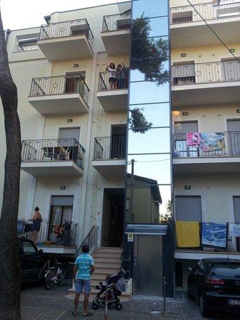 Residenza Le Rose: ingresso