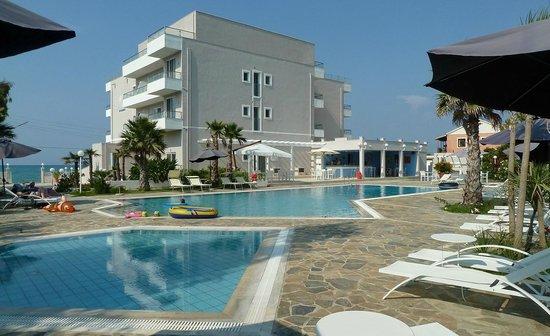 Sidari Beach Hotel - piscina