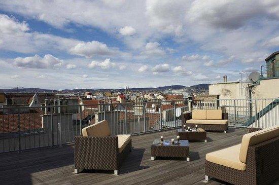 MyPlace Riverside: Terrace View