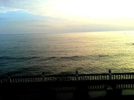 Mascot Beach Resort : View from the room