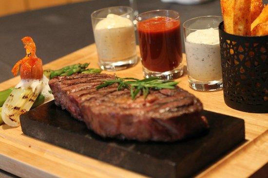 Steakhouse Steinbock: Heisse Stein