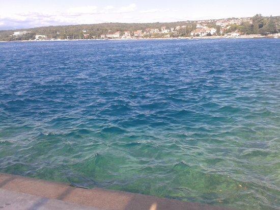 Hotel Malin: Mare visto dalla piattaforma in cemento