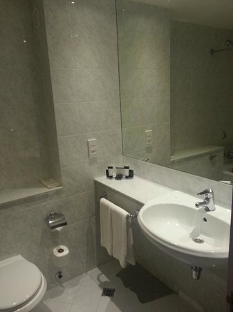 Grand Canal Hotel: Executive room nr. 408 bagno