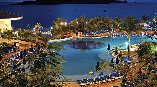 Azul Ixtapa Beach Resort & Convention Center: Pool