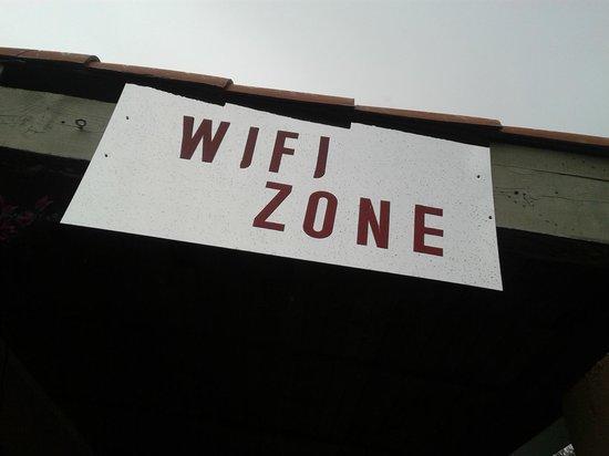 Residence Cala di Sole : wifi zone