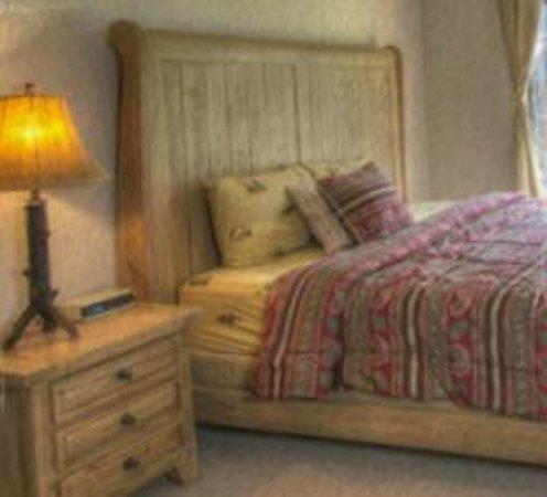 The Cuchara Inn: Cuchara Inn Room