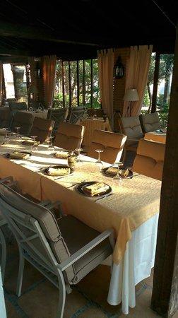 Hotel Alcadima: Mesas del restaurante