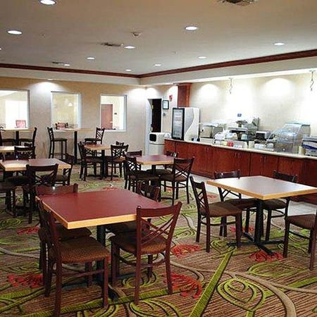 Magnuson Hotel Commerce Restaurant