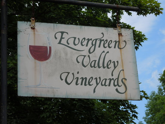 ‪Evergreen Valley Vineyards‬