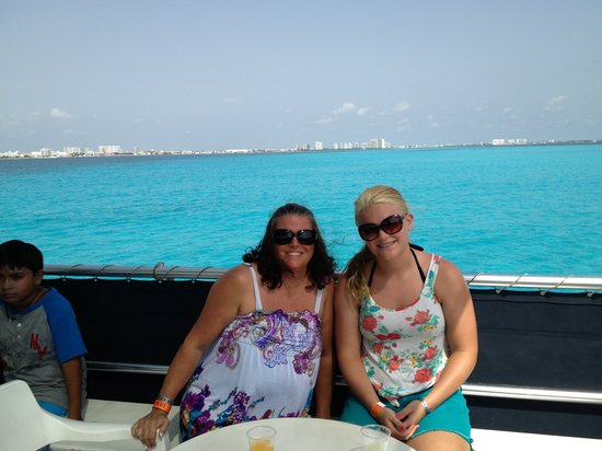 Caribbean Funday: Pretty Boat ride