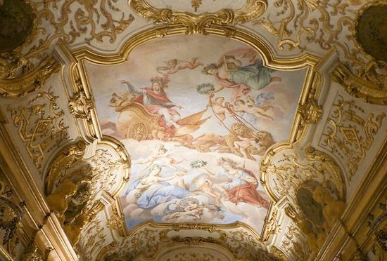 Asti, Italie : un salone