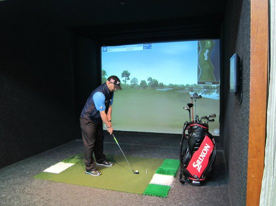 Chelsea Piers Golf Club: Choose from 51 Championship courses & play a round on the world's best courses w/ simulators.