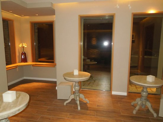 Best Western Pedro Figari Hotel: Sala en la entrada