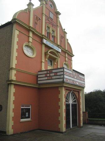 Buncrana Cinema: Side view