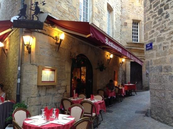 La Tour Du Guet: Entrée du restaurant