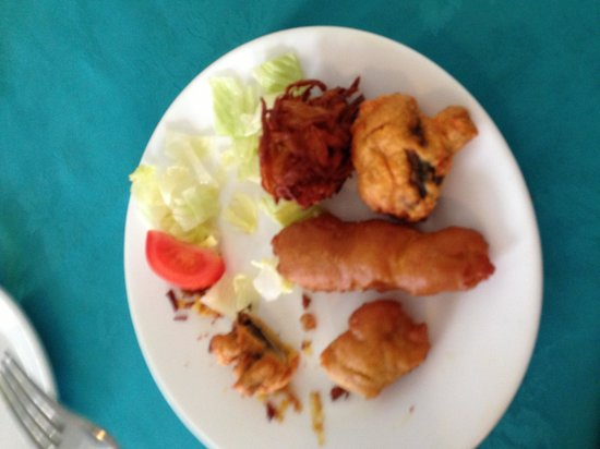 Coriander: Mixed pakora (no sauce)