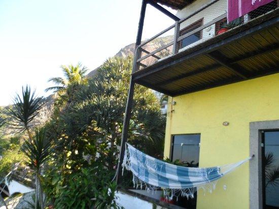 Solar Chacara Hostel: Upstairs balcony