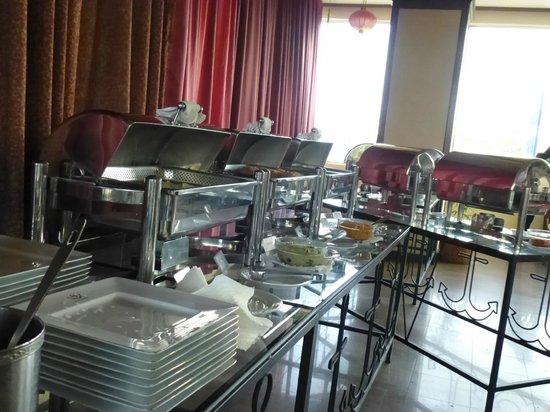 Sapphire Hotel: Bfast buffet