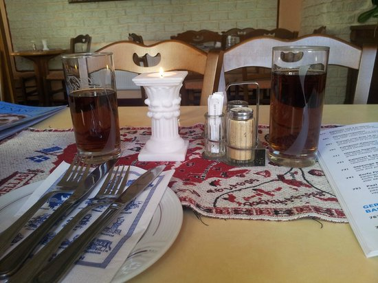 Alexander Griechisches Restaurant: table settings