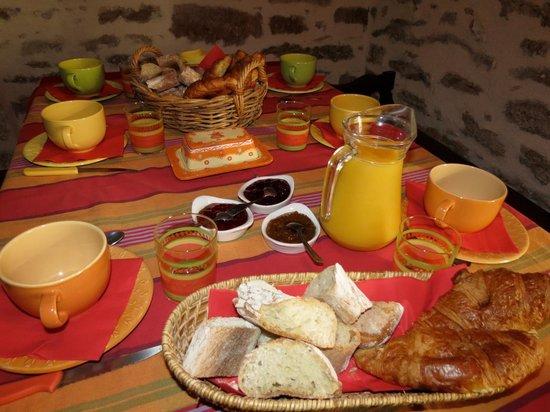 Chambres d'Hôtes à la Ferme de Keroter : Petit-déjeuner