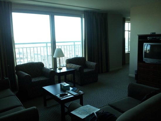 Broadway Residences and Suites : Living Room