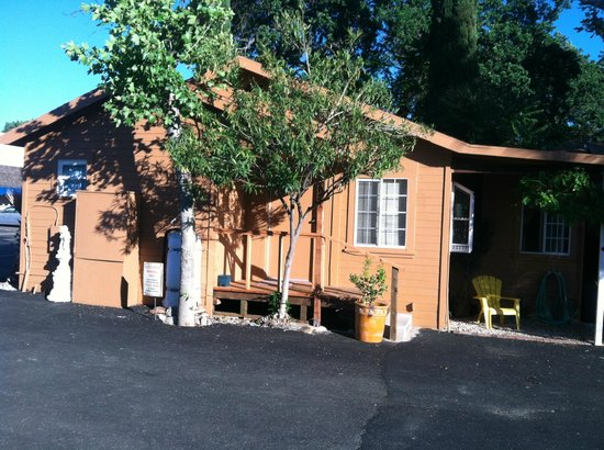 Vista del Lago Lakehouse and Cottages: Newly remodeled!