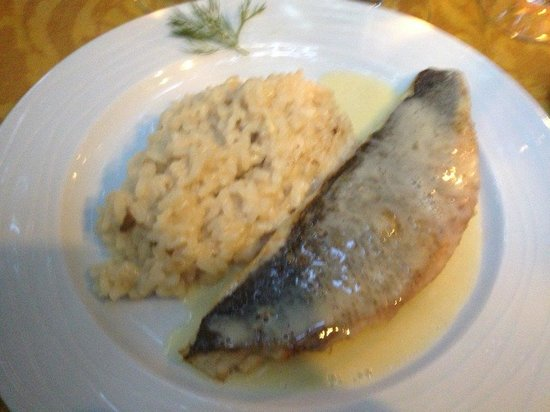 La Vila Restaurant: Fish with risotto